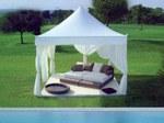 Kundenspezifischer Gartenpavillon aus dem Modehaus Fendi