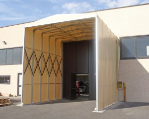 Zelthalle für Mary Fashion in Ferrara, Italien