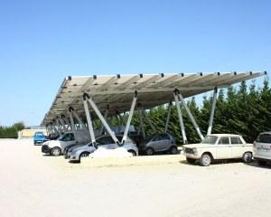 Solar carport für Autohaus