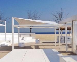 Sonnensegel für Badeanstalt Kursaal in Lido di Spina, Italien