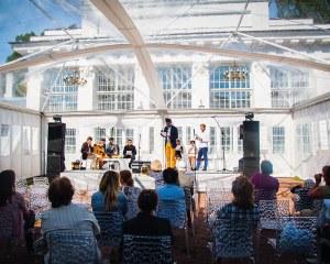 Partyzelt - Summer Festival Literature - Russland
