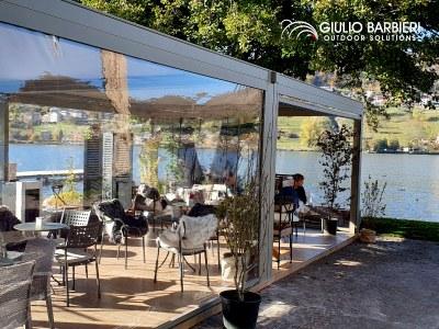 Eine Terrassenüberdachung im Qzebo-Stil für das New Lido Restaurant und Bar