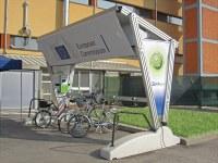 "Europa - Giulio Barbieris Solar-Elektrotankstelle ""Self Energy"" kommt ""im Herzen"" der Europäischen Gemeinschaft an"