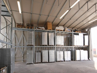 Temporary warehouses: what kind of structures do big brands choose when they need more storage space?