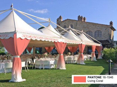 Pantone Living Coral marquees for trendy weddings!