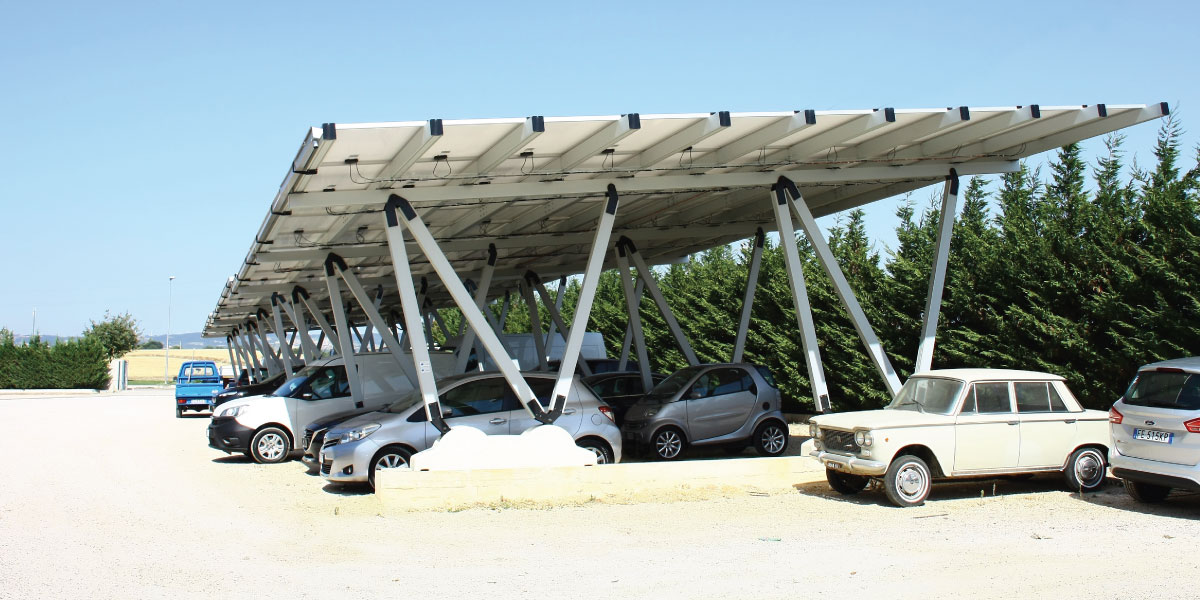 Solar carpot at the Auto Di Carlo car dealership