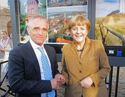 Germany - Angela Merkel analyses the eco-friendly project of Rügen involving Giulio Barbieri