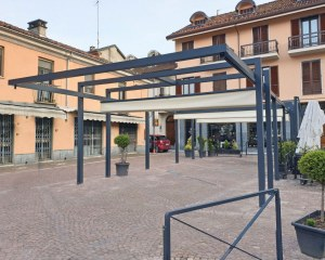 Retractable awning for  Manufatti Sant'Antonio in Monticello d'Alba (CN) - La Duchessa