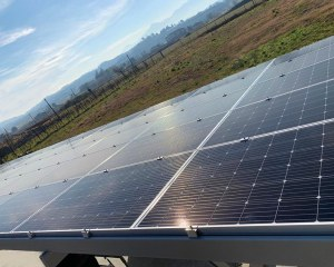 Quick fixing system for photovoltaic panels - Aton