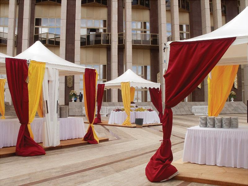 Chapiteaux pour la présidence de la république du Cameroun