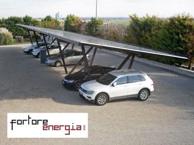 FORTORE ENERGIA CHOISIT LE CARPORT SOLAIRE DE CHEZ GIULIO BARBIERI