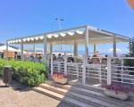 Pergola avec toile coulissante pour Velaria Srl à Arenzano en Italie
