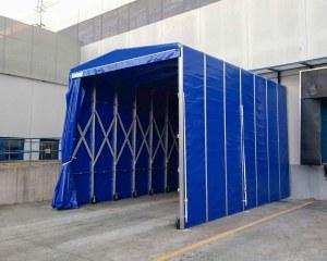 Tunnel rétractable pour le Stock House Italia Logistics Srl en Italie