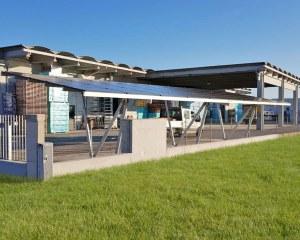 Pensilina fotovoltaica in alluminio per PMD Energia