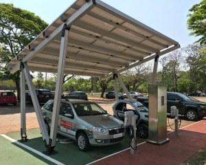 Pensilina fotovoltaica Pensilsole per Fundación Parque Tecnológico Itaipú