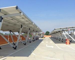 Pensiline fotovoltaiche in alluminio per Conad