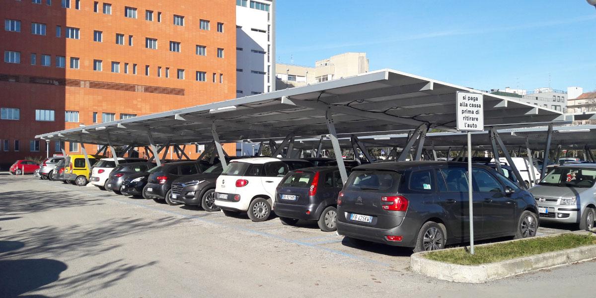 Pensiline fotovoltaiche in alluminio