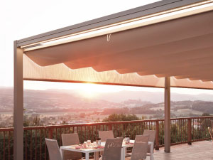 retractable canopy, retractable roof pergola