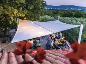Shade sail for gardens and terraces