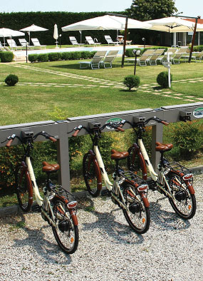 e-bike sharing charging station