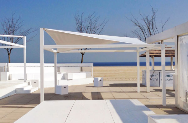 Vela - shading canopy for beach with sail